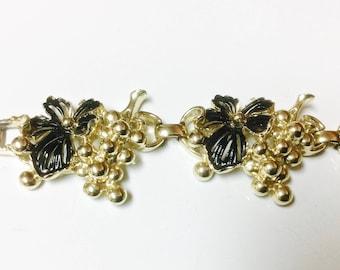 Vintage Sarah Coventry Golden Cluster 1961 Bracelet Gold Tone and Black Enamel Grapes and Leaves