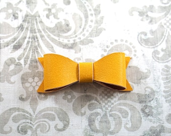 Leather Hair Bow. Mustard Yellow Toddler Hair Bow. Yellow Toddler Hair Clip. Yellow Baby Bow. Toddler Barrettes. Toddler Girl Gift.