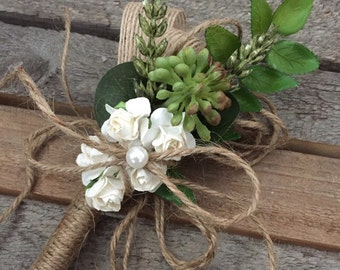 Rustic Wedding Pen with flower opulence