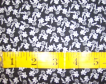 Choice Fabric 49106 A01, Black and white floral design