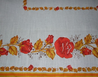 Lovely Polish Cottage Chic Flowers Linen Tablecloth/Polish Beautiful Vintage c.1985 Linen Dreamy Red Yellow Flowers Print Linen Tablecloth