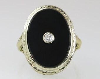 Antique 10K Yellow Gold Genuine .10ct Diamond & Black Onyx Art Deco Ring 4.9g