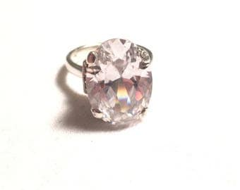 Vintage 925 sterling silver large CZ ring size 7