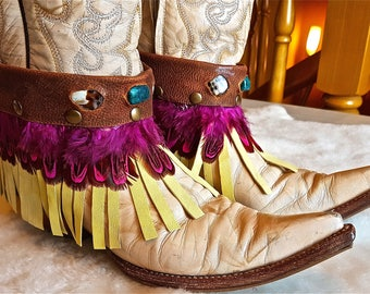 FREE SHIPPING!!! leather cover boots, boho,hippie,chic,ethnic,gypsy,feathers,cubrebotas, piel,cuero,étnicos,flecos