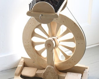SpinOlution Spinning Wheel - Mach III - Studio Spinning Wheel