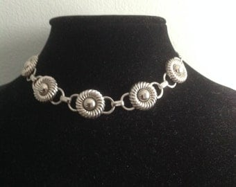 Vintage Mid Century Circle Studded Modernist Silver Tone Choker Chain Necklace