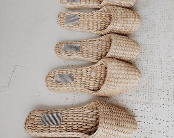 Indoor straw slippers gift  shoes slippers