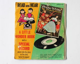 Snow White and the Seven Dwarves Read and Hear Little Wonder Book and Record 45 RPM 1955 Golden Records Paperback