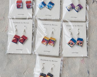 A set of all 7 Harry Potter mini book earrings, better value than buying them individually.