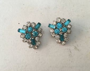 Vintage Clear and Turquoise Blue Rhinestone on Silver Toned Metal Earrings 1050