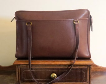 Coach Shoulder Brief In Brown (Mahogany?) Leather With Brass Hardware Style No 5230- Made In United States - VGC