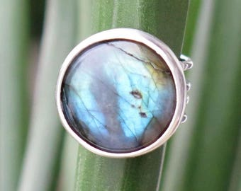 Sterling Silver ring with labradorite size 51 ~ 52 / / 6 US