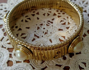 GORGEOUS Gold with Pearl Vintage Stretch Bracelet-Unusual Piece--All Orders Only .99c Shipping!