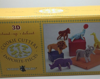 Nordic Ware 3 D Stand Up Cookie Cutters Zoo Animals Lion Elephant Gorilla Giraffe Seal Rhino Birthday Party Play Dooh  Party Fundraiser