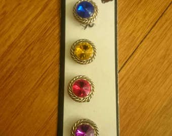 vintage colours of the rainbow button covers~