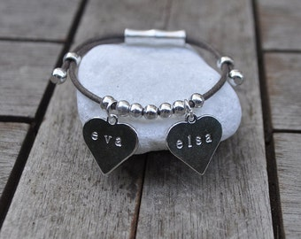 Bracelet 2 engraved hearts and cotton lace