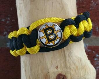 Boston Bruins paracord bracelet  (You'r choice of image )