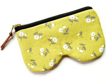 Chartreuse Floral Glasses Sunnies Case