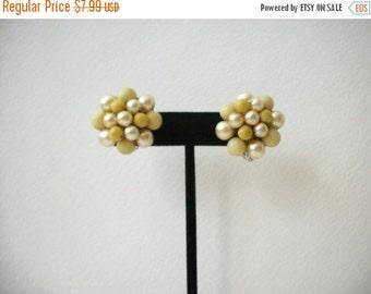 ON SALE Vintage JAPAN 1950s Cluster Faux Pearls Plastic Beads Clip On Earrings 12017
