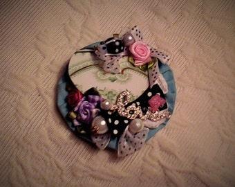 Beautiful but funky brooch!!!