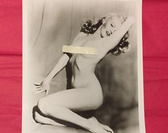 8x10 Black and White Photo of Marilyn Monroe