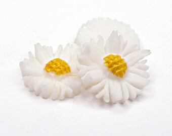 Vintage Daisy Flower Cabochon, aceteloid, 1960s, Japan - 12 mm - 24 pcs - C66-4