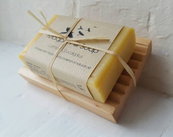 Lemon and Eucalyptus handmade soap with free draining soap dish, tied with raffia. Perfect Present