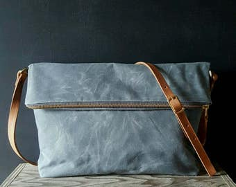 Waxed canvas foldover crossbody bag - Charcoal