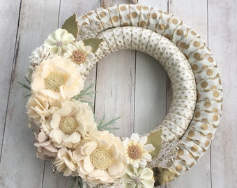 Felt flower wreath, wrapped wreath, ribbon wreath , felt flower decor, Felt Christmas wreath, felt holiday wreath, neutral wreath, wreath