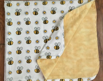 Bumble Bee Flannel Swaddle Blanket-Double Sided Flannel Blanket-Flannel Swaddle Blanket-Bumble Bee Receiving Blanket-Modern-Handmade