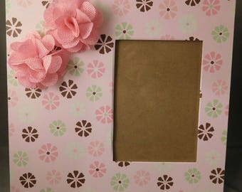 12x12 Scrapbook Wooden Picture Frame with 5x7 opening