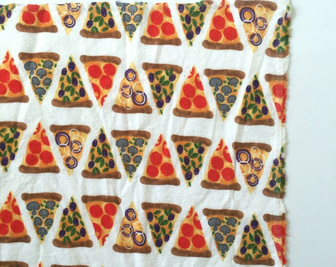 Pizza slices receiving blanket