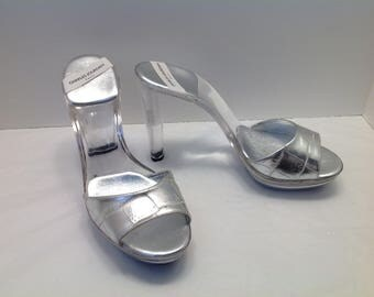 Charles Jourdan Paris Silver & Clear lucite acrylic disco mule heels US 10