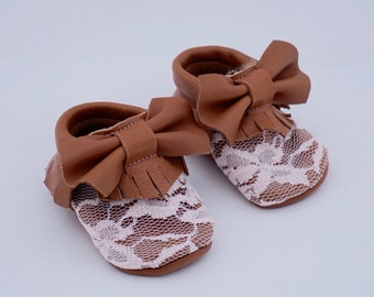 Pink Lace with bow moccassins