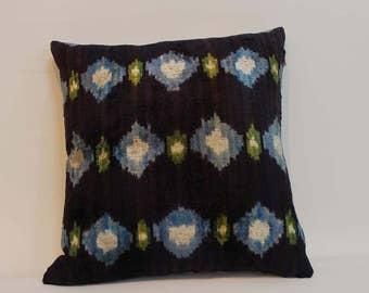 İkat Velvet Pillow Cover, 14.5'' x 16'' , Decorative Pillow, Handmade Silk Pillow, İkat Lumbar Pillow,  Shipping with Fedex 1-3 days