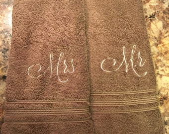 Mr & Mrs Brown Hand Towels