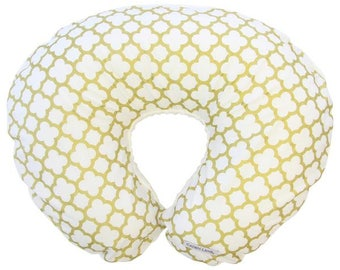 Gold Quatrefoil | Gold and White Nursing Pillow Cover