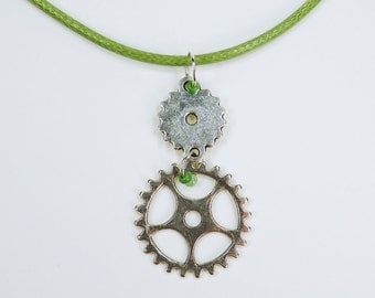 Necklace gears on a green leather strap with green beads steampunk gear silver jewelry necklace retro Green Pearl
