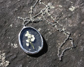Baby's Breath | Stained Glass | Pressed Flower | Botanical | Terrarium | Herbarium | Necklace | Bohostyle | Statement | Handmade | Silver
