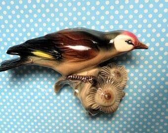 "Vintage art deco bird wall figurine, 4"" high"