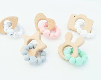 Baby Teething Toy, Teether Toy, Baby Teething Toy, Silicone and Wood Baby Teether, Sensory Play Toy, New Baby Gift, Infant Toy