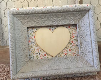 Gray framed heart