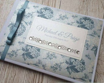 Hortensia Floral Vintage Guestbook