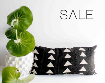 "Sale! Black and TanTriangle Mudcloth Pillow Cover | 12"" x 24"""