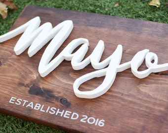 Last Name Wood Sign//Last Name Wedding Gift//Custom Last Name Sign//Custom Wood Sign Decor