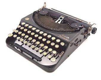 Smith Premier portable typewriter, 1920/1930's typewriter, dark green typewriter, working typewriter, Remington portable 2.