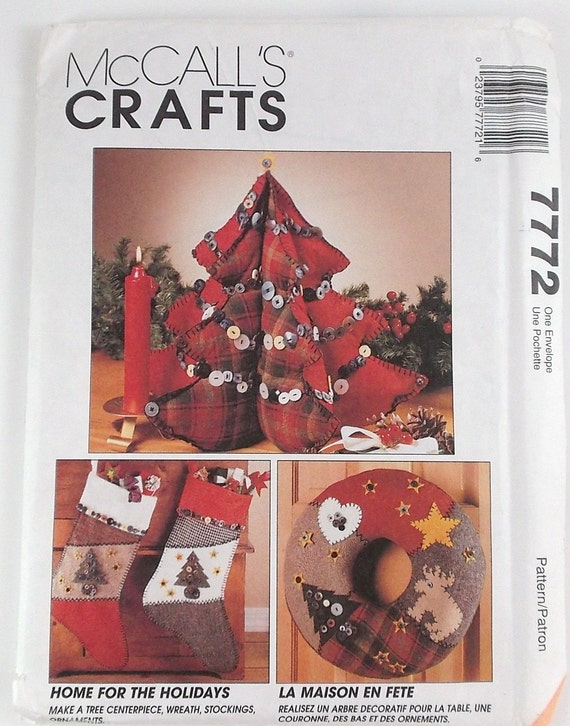 Vintage mccalls christmas craft pattern number 7772 for Number of ornaments for christmas tree