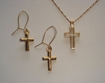 14K Gold Cross Necklace and Pierced Earring Set