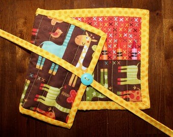 Giraffe Crayon Holder, Giraffe Crossing, Animal Crayon Roll Up, Giraffe Crayon Roll, Brown Crayon Roll, Quilted Crayon Tote, Handmade