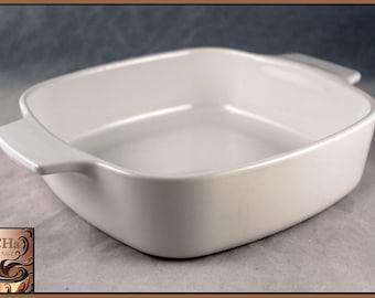 Vintage Corning Ware 1 Liter Classic White Casserole Dish